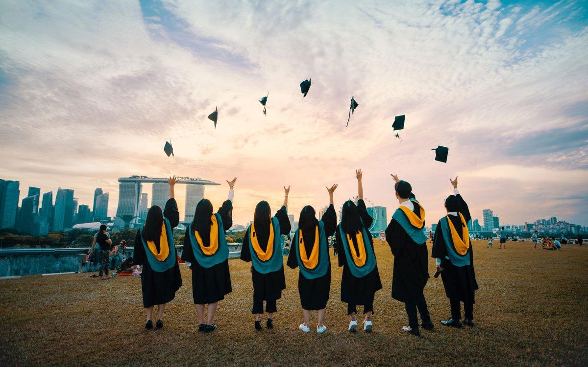 Becas para ayudarte a vivir experiencia universitaria en Barcelona |  Barcelona Residencias